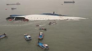 Mais de 400 pessoas estava a bordo da balsa sul-coreana, que naufragou no início de abril. Crédito: Sohn Yong-seok/Korea Times