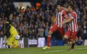 Diego Costa comemora segundo gol colchonero. (Foto: Reuters)