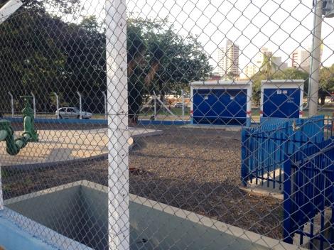 O local disponibiliza torneiras com água potável (Créditos: Camila Gallate)