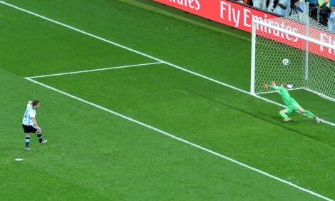Sem Krul no gol, a Holanda não conseguiu defender nenhum pênalti cobrado pelos argentinos. (Foto: Fernando Pereira/ PMSP)