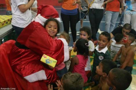 Empresa Júnior de Relações Públicas da Unesp arrecada presentes para crianças carentes até o dia 28 de novembro. (Crédito: Jornal Júnior)