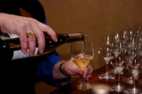 Moderadamente, as bebidas alcoólicas podem trazer benefícios para quem as ingere. (Créditos: MorgueFile)
