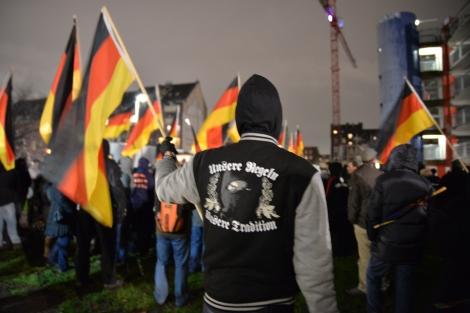 Em janeiro o grupo Pegida conseguiu levar às ruas cerca de 18 mil pessoas em movimentos que organizava. Créditos: Die Grünen.