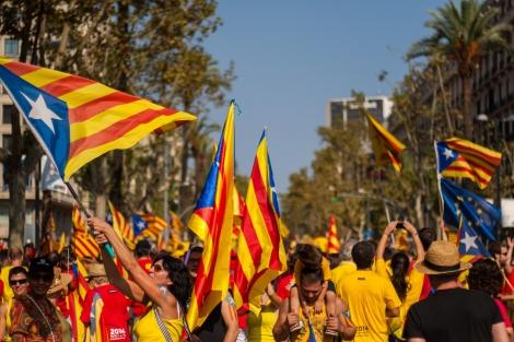 MARIA CLARA Catalunha aprova início do processo de independência da Espanha - Imagem 3.jpg